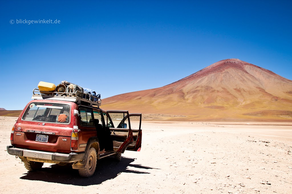 Urlaub mal anders: alter Land Cruiser in Bolivien
