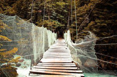 Wacklige Hängebrücke im TorresDelPaine