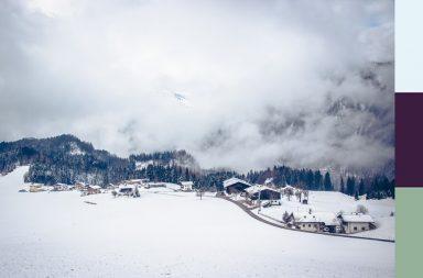 Verschneites Alpbachtal