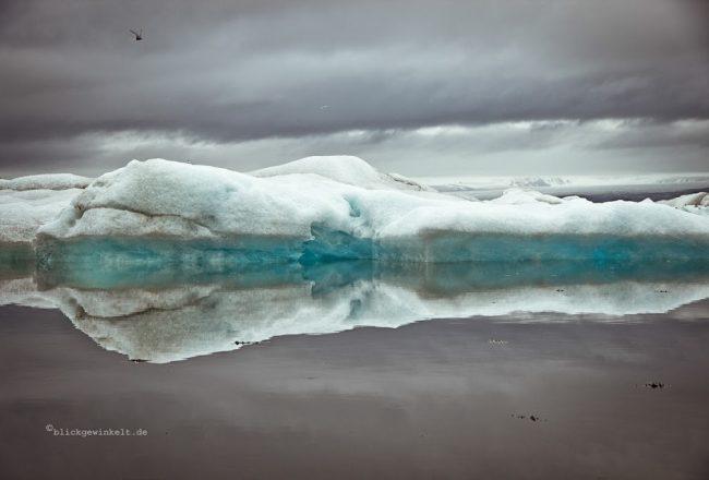 Gletschereis, kleine Eisberge in Island
