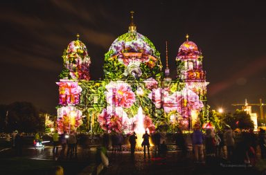 Berliner Dom beim Festival of Lights