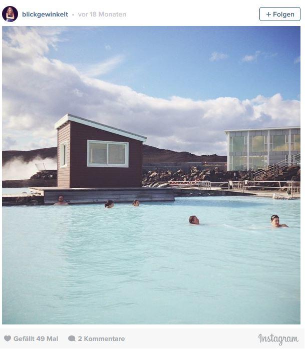 Das Myvatn Nature Bath in Island mit milchigblauem Wasser