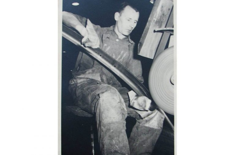 Herbert Chall, Arbeiter-im-VW-Werk-1938