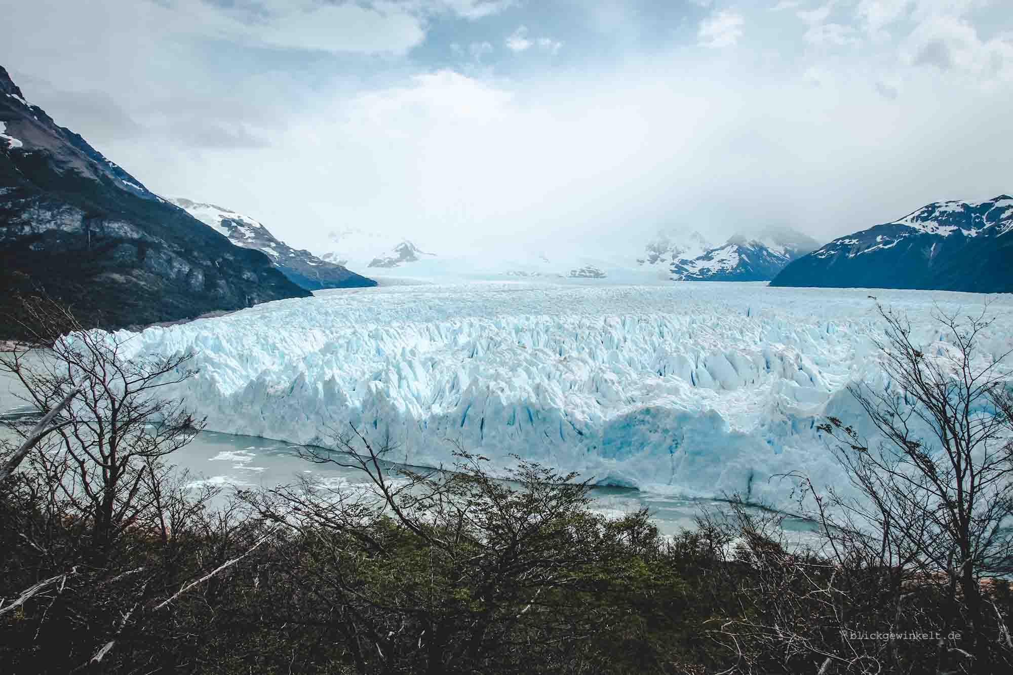 Blick auf den Gletscher von oben.