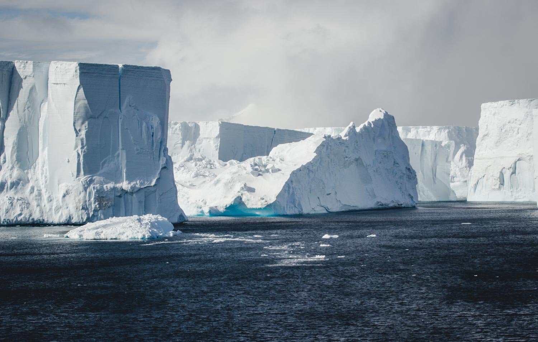 Tafeleisberge im Antarctic Sound