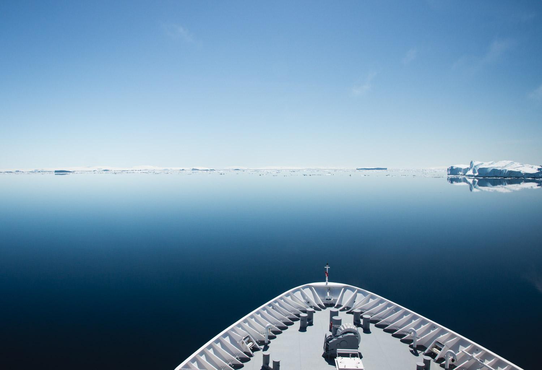 Mit dem Schiff im Wedell Meer in der Antarktis