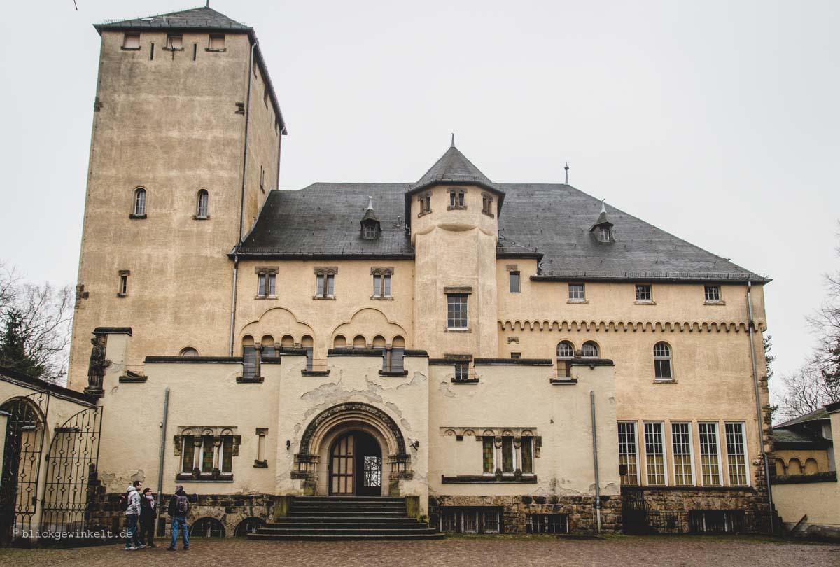 Hakeburg Kleinmachnow, Außenansicht