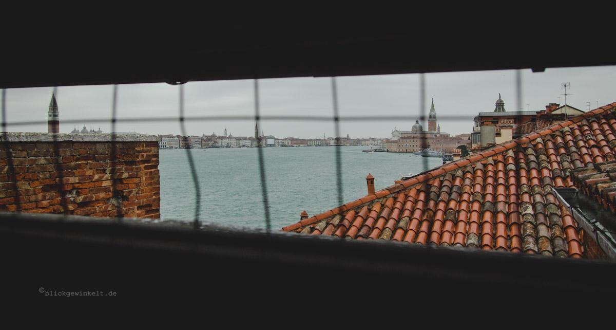 Lagune von Venedig Ausblick Fenstergitter