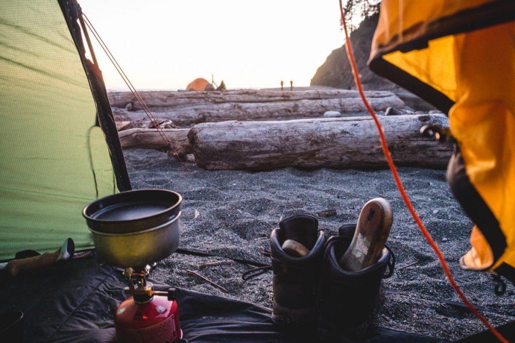 Blick aus dem Zelt am Strand