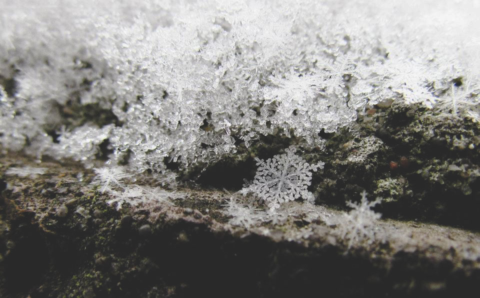 Gleichmäßiger Eiskristall