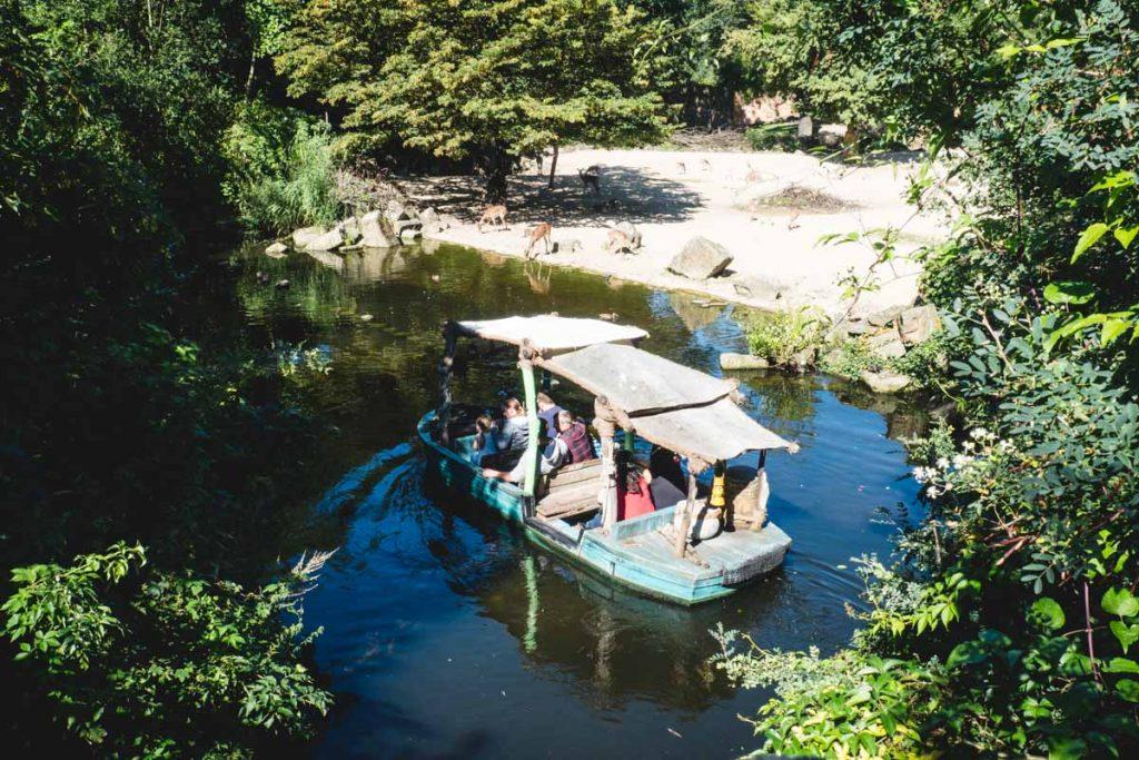 Im Dschungel-Boot im Hannover Zoo