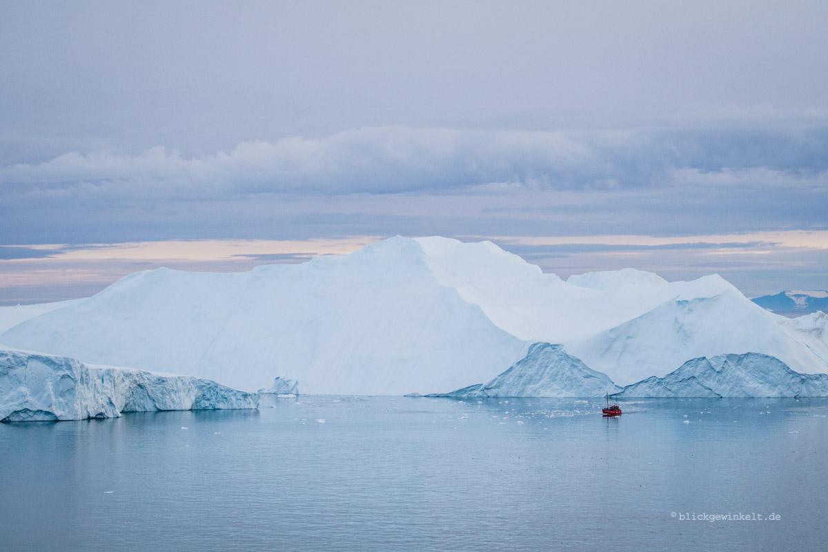 Grönland: Mitternachtssonne am Ilulissat Eisfjord | blickgewinkelt