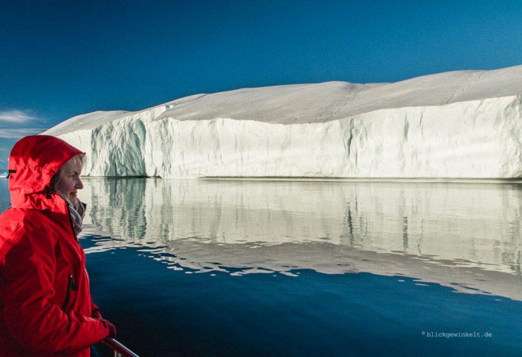 Bootstour zwischen Eisbergen