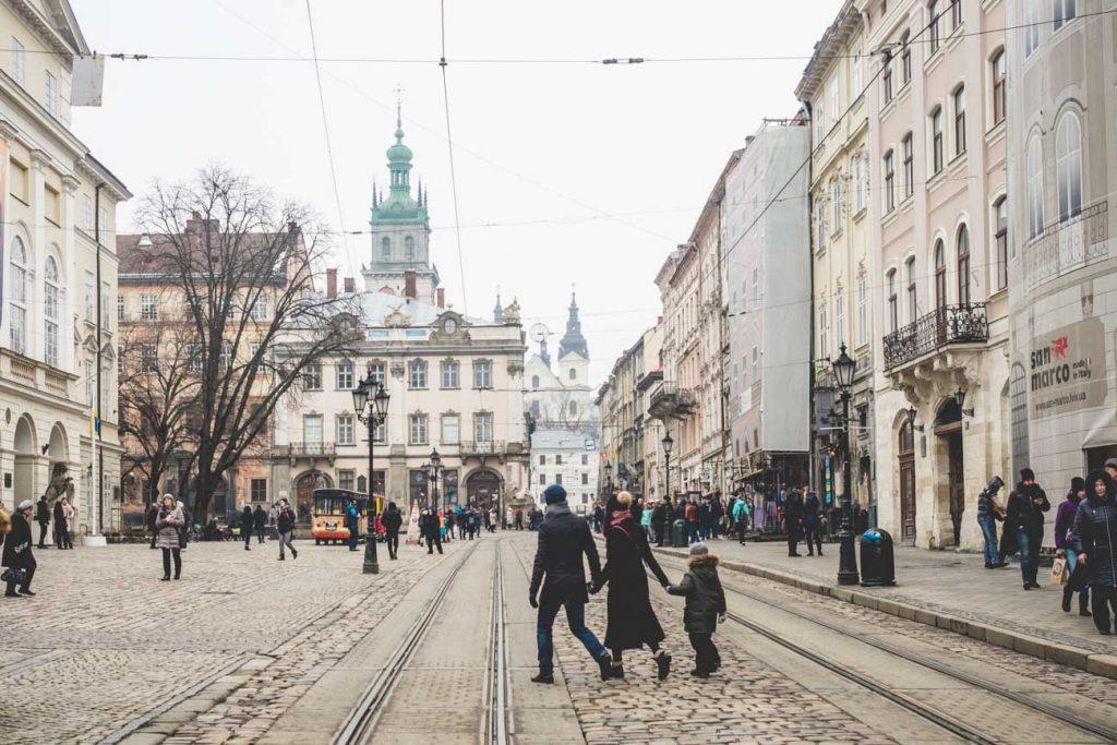 Der Rathausplatz in Lviv