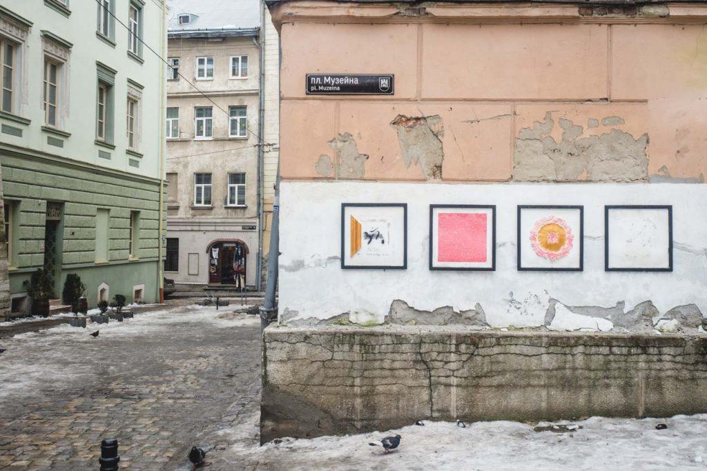 Kunst an der Straßenecke in Lviv
