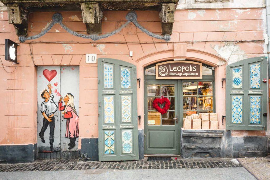 Bemalte Tür in Lviv