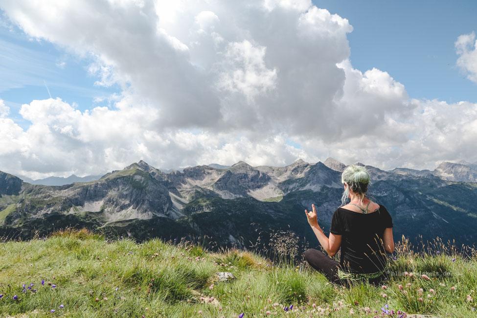 Blick auf die Gipfel vom Berg