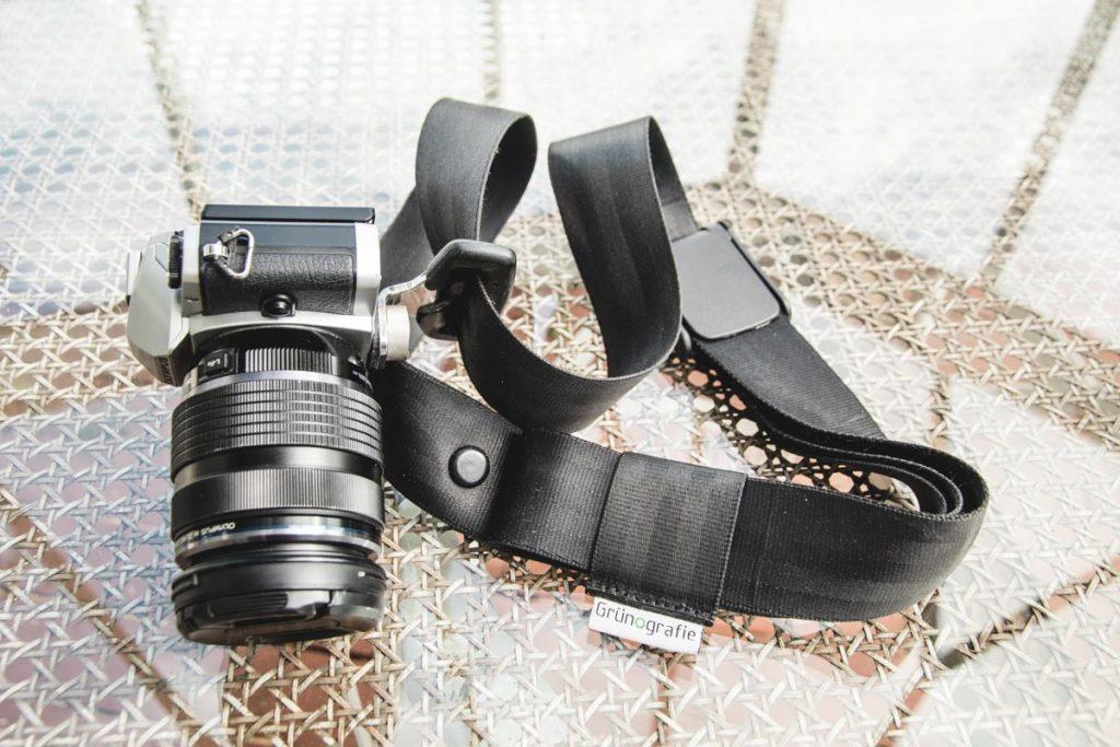 Grünografie nachhaltiger Kameragurt