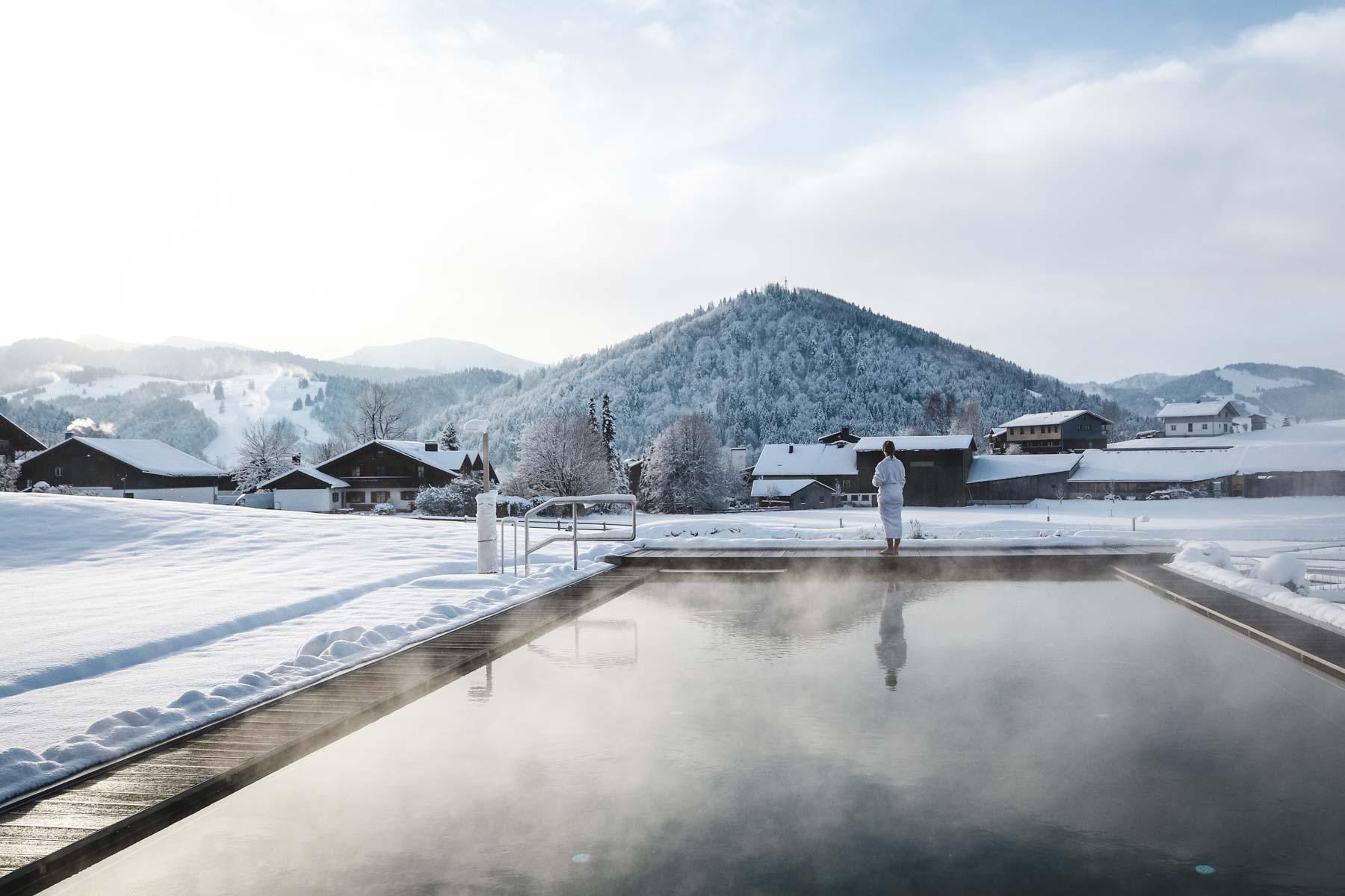 Schön Schlafen: Haubers Alpenresort im Allgäu   blickgewinkelt