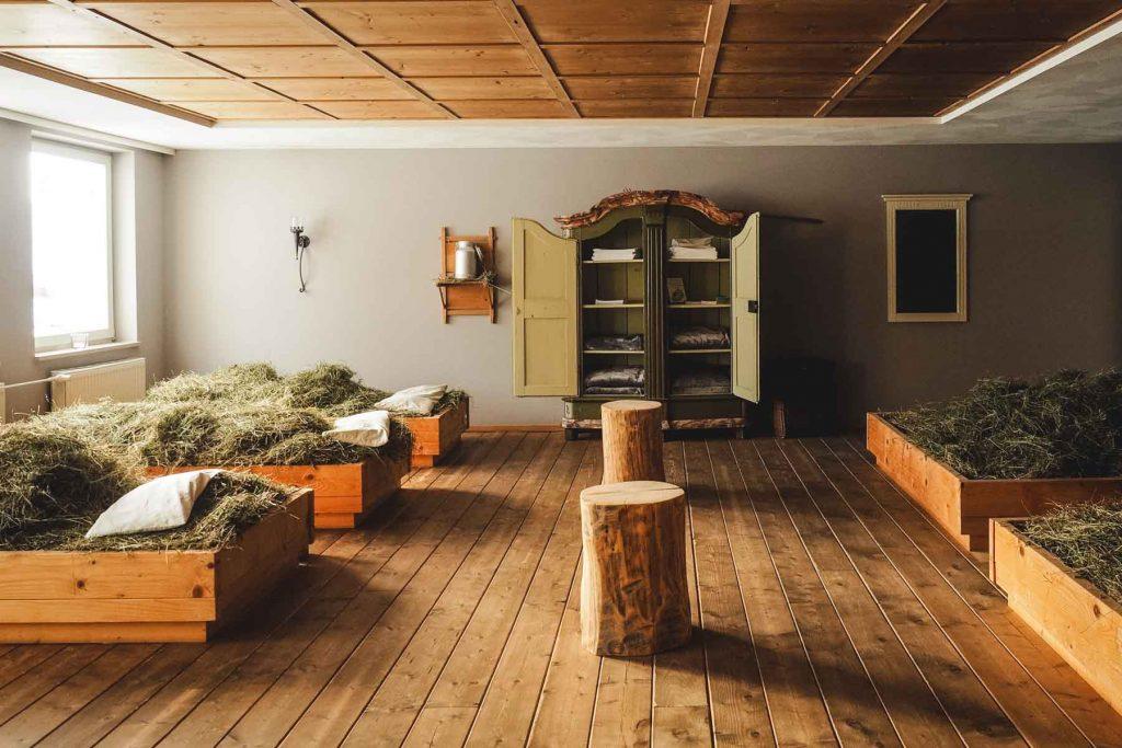 Heu-Betten in der Stube