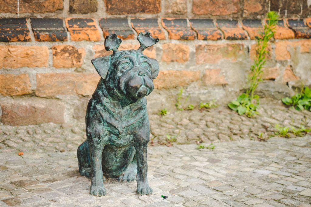 Loriots Möpse in Brandenburg an der Havel