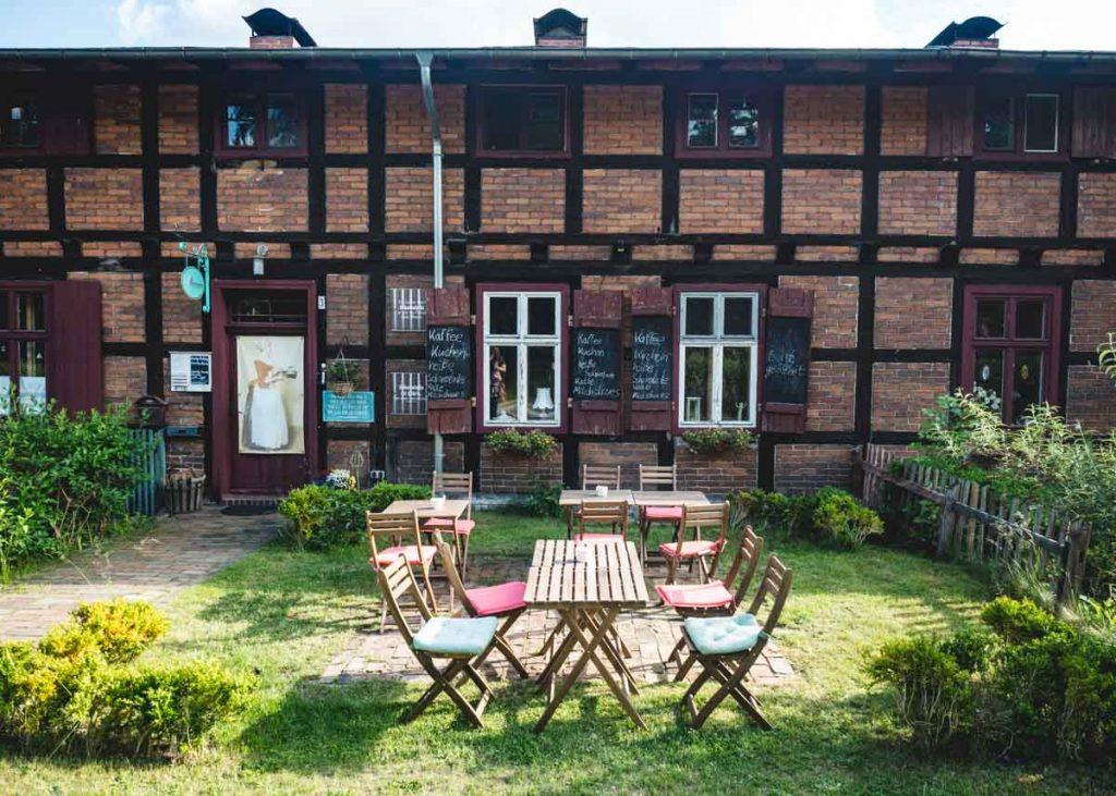 Fachwerkhaus mit Garten