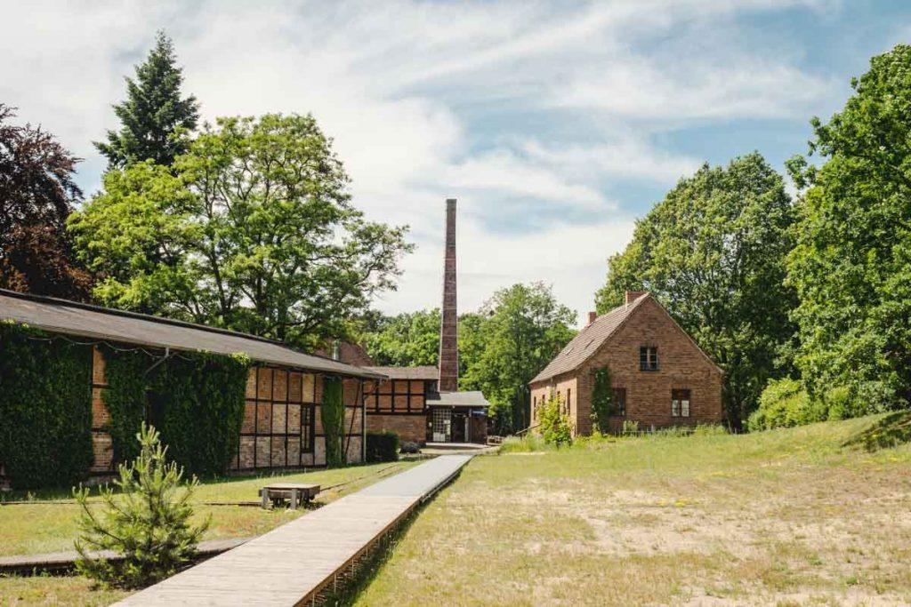Alte Häuser mit Schornstein