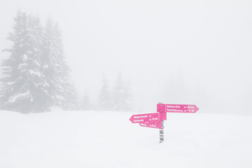 Schnee am Berg
