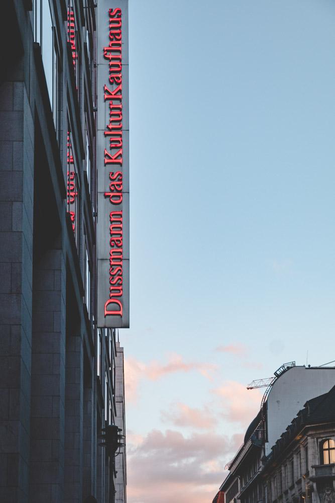Dussmann Friedrichstraße
