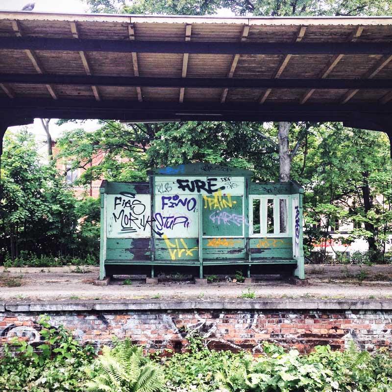 Stillgelegter Bahnhof
