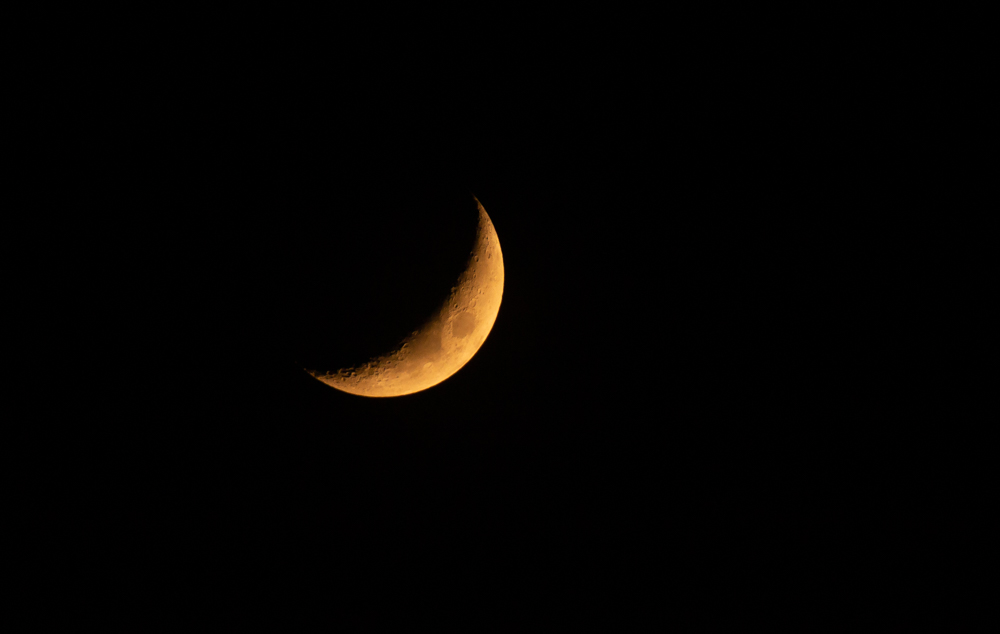 Mondbild mit 500mm, Blende 6,5 und 1/50stel Belichtung