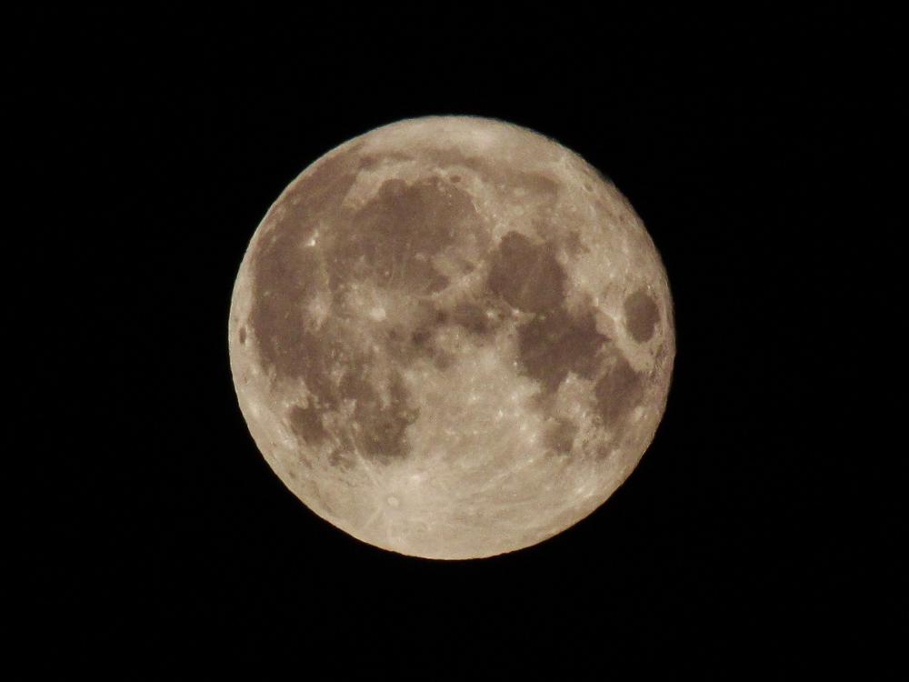 Mondfoto mit Bridgekamera