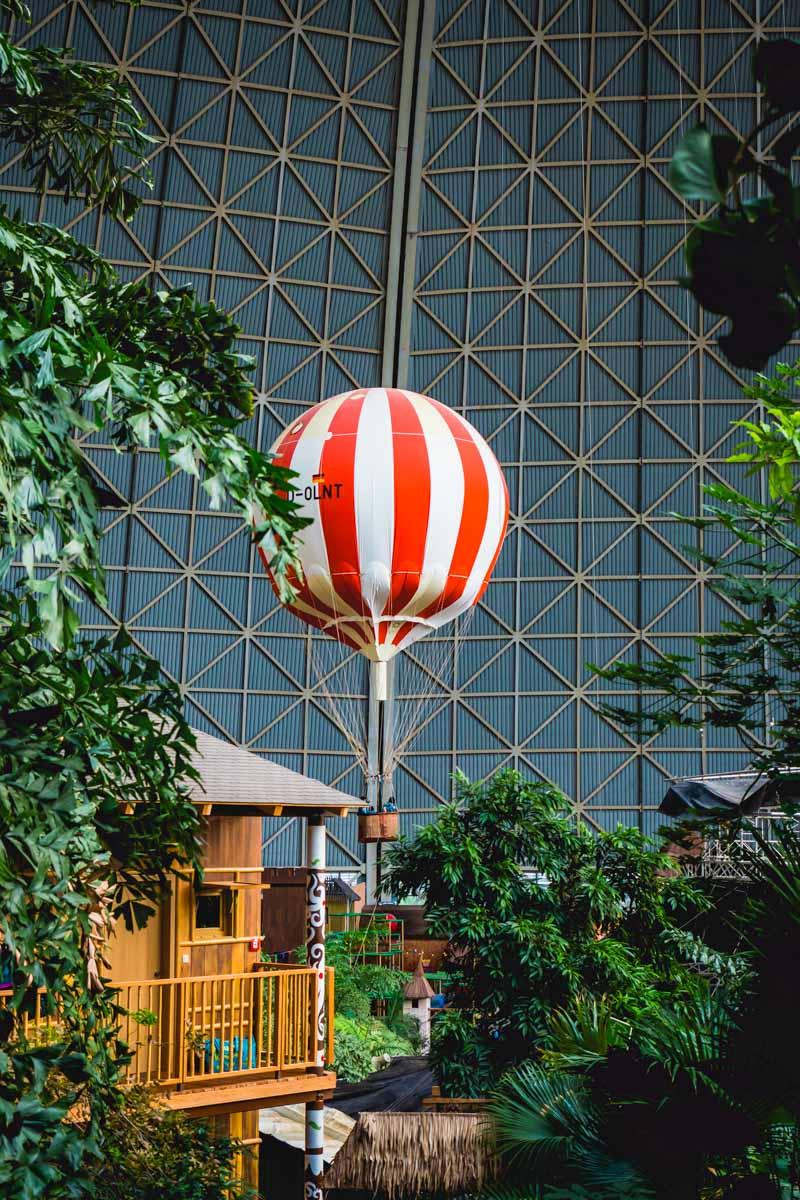 Ballon im Tropical Islands