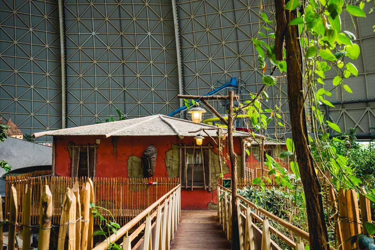 Hütte im Tropical Islands