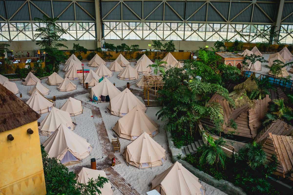 Zelte im Tropical Islands