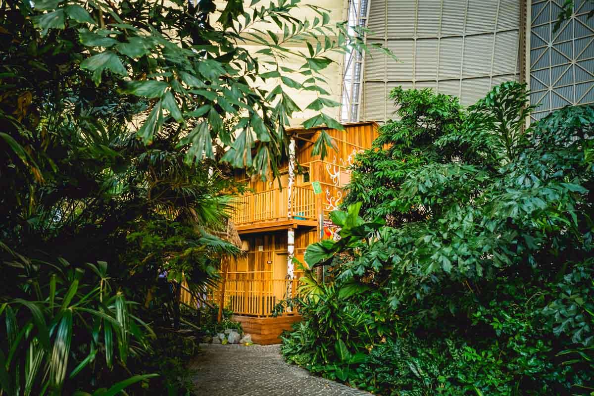 Thailand-Hütte im Tropical Islands.