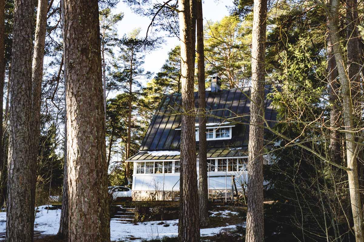Villa im Wald in Finnland