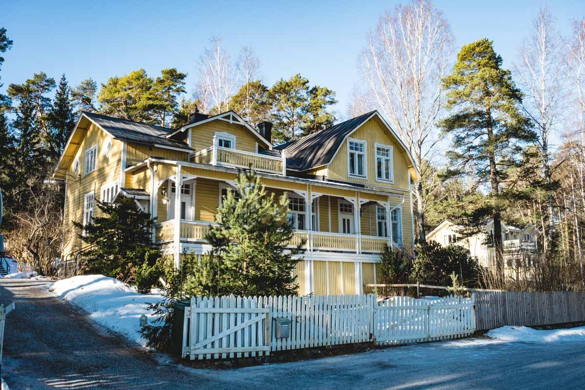 Holzvilla in Finnland