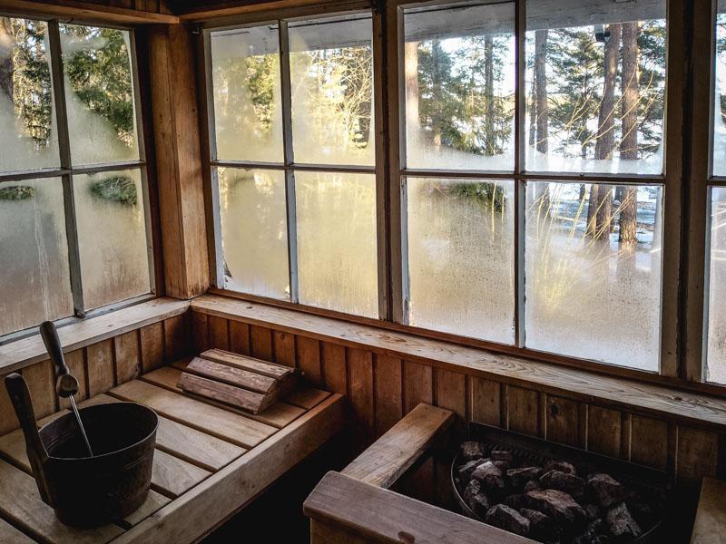 Sauna mit Seeblick in Finnland