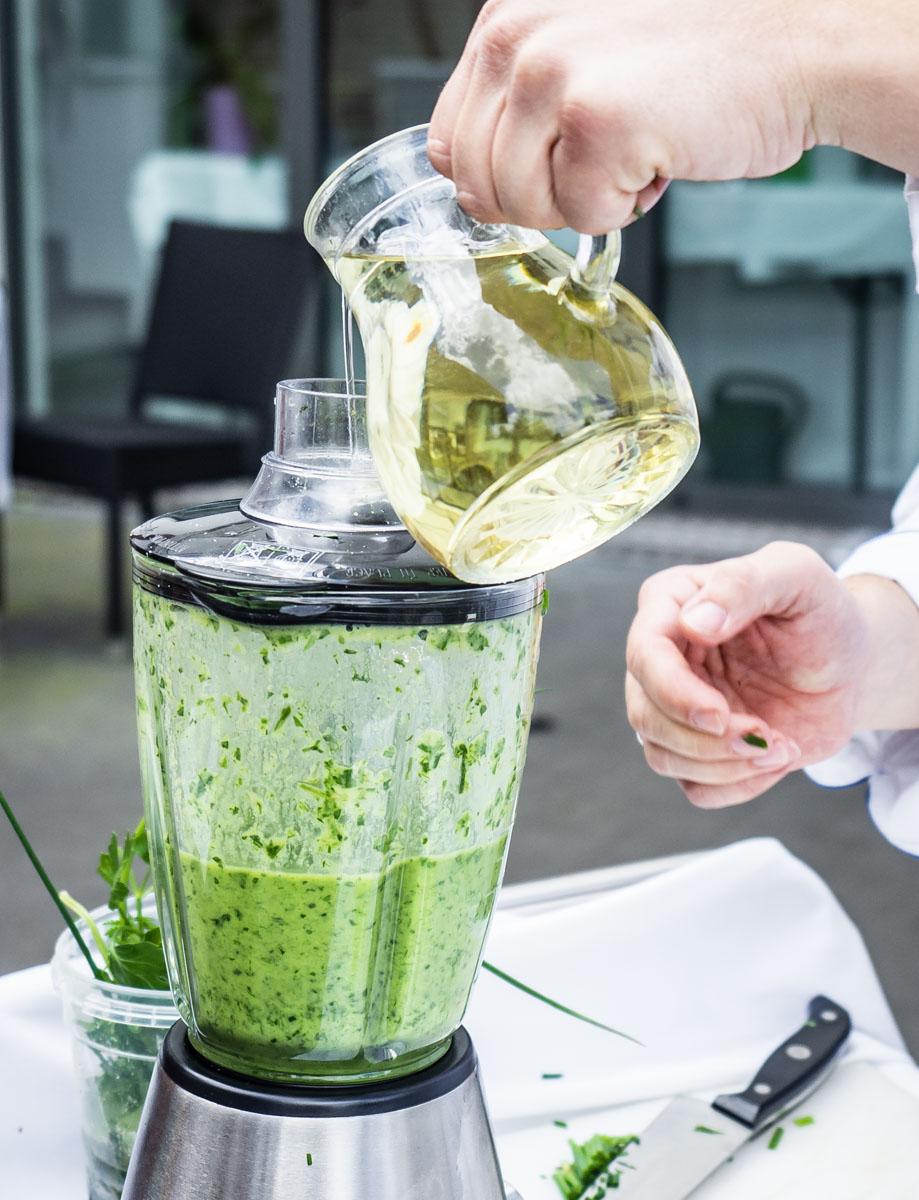 Salat-Kräuderdressing selbstgemacht