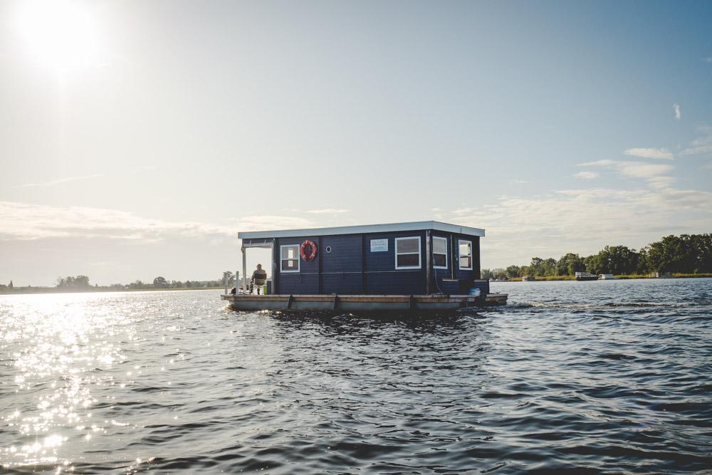 Hausboot auf der Havel