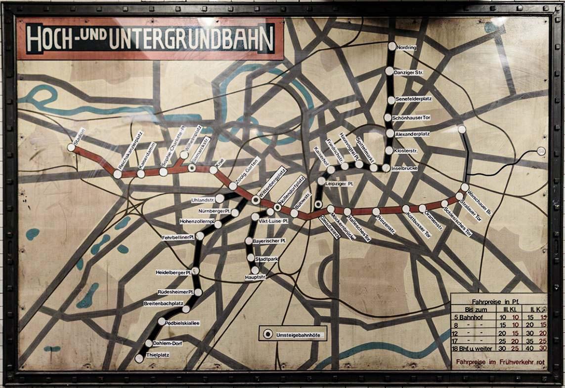 Alter U-Bahn Fahrplan Berlin